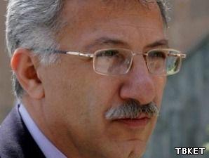 Бывший министр культуры Армении не претендует на пост председателя Союза писателей
